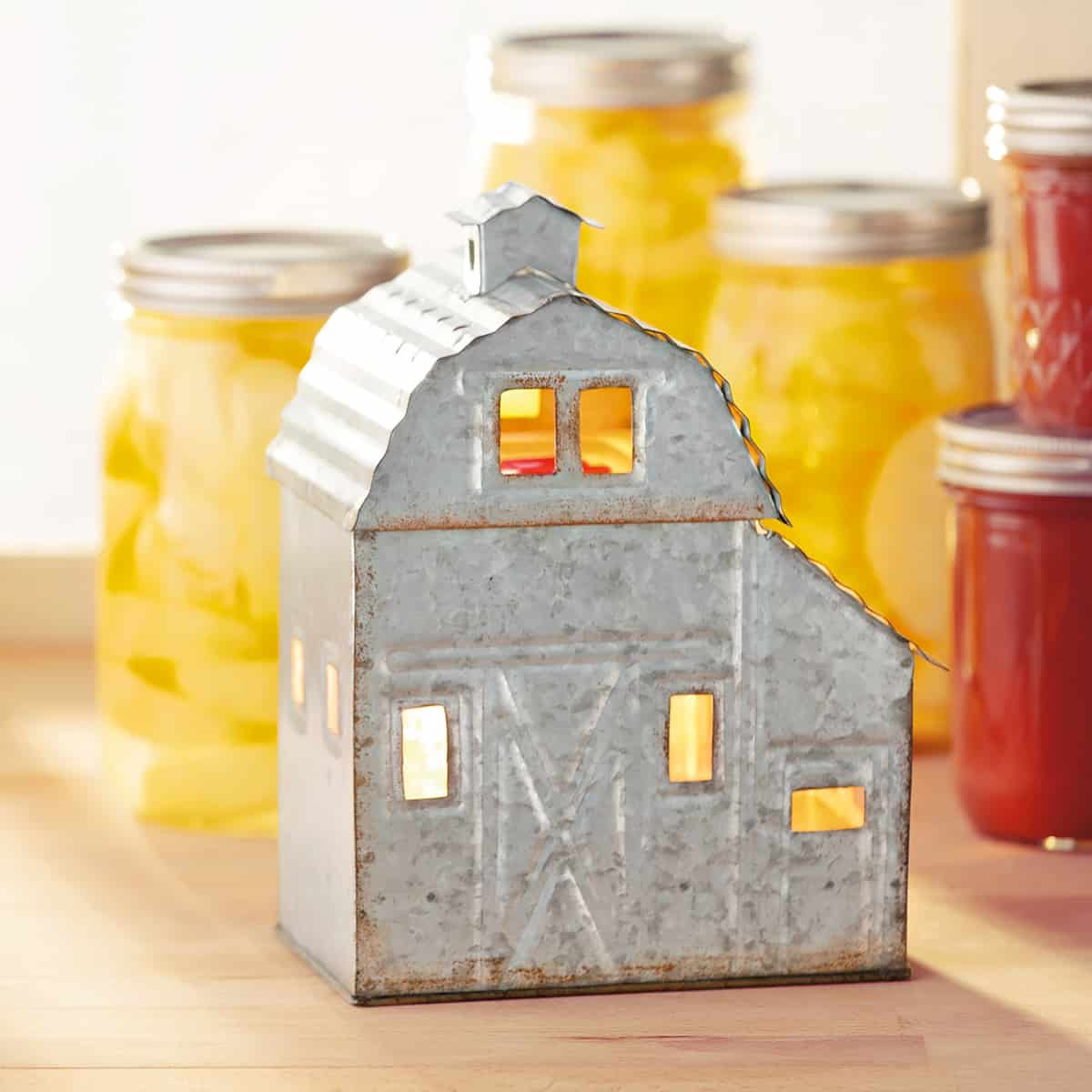 BARN WARMER SCENTSY FOR SPRING SUMMER