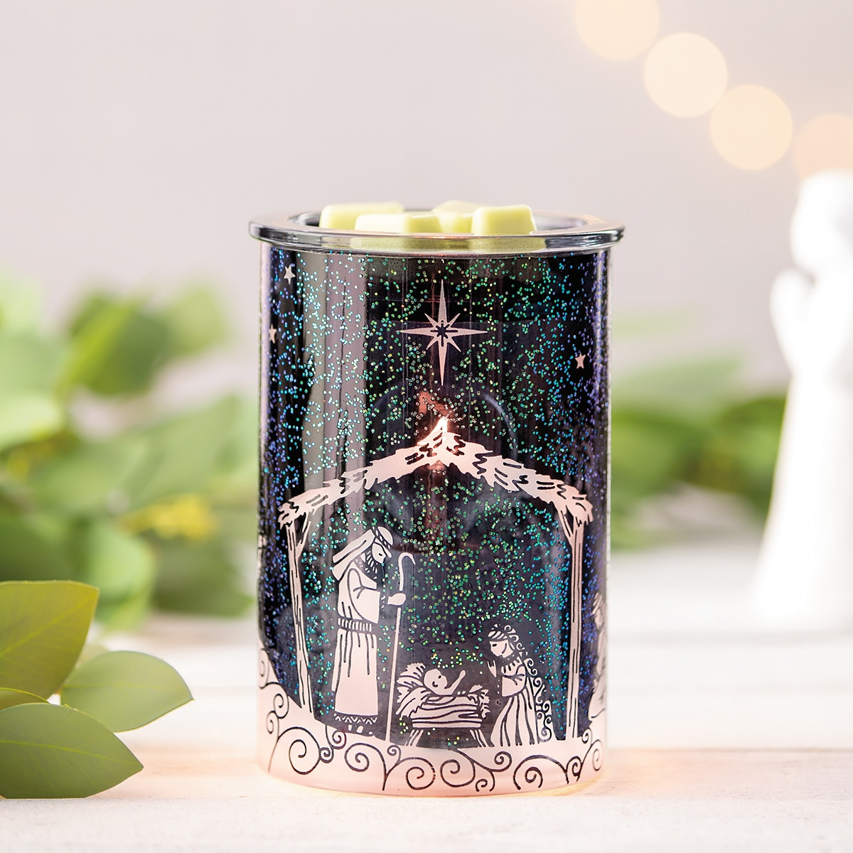 Nativity scene candle warmer